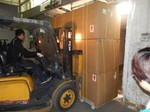 OptiLedge loading in container with upholstered sofa.jpg